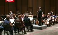 Худрук из Америки возглавил красноярский симфонический оркестр