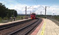 Правила поведения на железной дороге красноярцам напомнила Музыкальная электричка