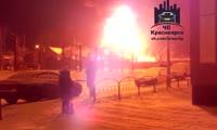 На ул. Серова в Николаевке полностью сгорел двухэтажный жилой дом