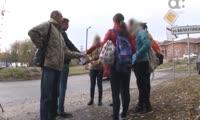 12-тилетняя школьница устроила разборки с поножовщиной из-за мальчика