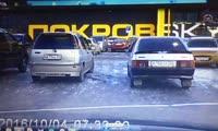 Стычка на парковке ПокровSKY 07.11.2016 (Красноярск)