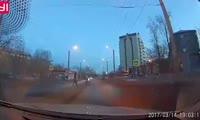 Водитель разогнался на пешеходном переходе