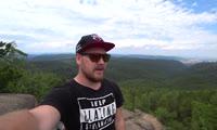 Столичный блогер поднялся на гору