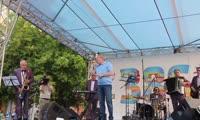 «Сиреневый туман», поет ВикторТолоконский (июнь 2014, авто видео Андрей Кочкун)
