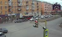Автомобиль врезался в автобус на Красрабе