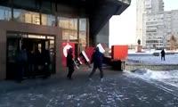 В центре Красноярска установили новогоднюю фигуру