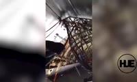 В самолете Ан-12 пересчитывают слитки золота