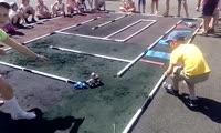 Тест-драйв гоночной трассы в красноярской школе № 152