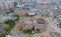 В Красноярске начали сносить недостроенный планетарий
