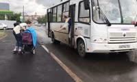Поездка с детской коляской в красноярских автобусах