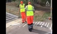 Пешеходный переход возле красноярского зоопарка превращают в зебру