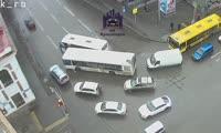 Авария автобусов в центре города