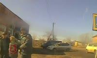 Полицейские в Красноярском крае помогли женщине, которой стало плохо на улице