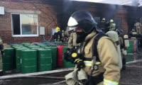 Пожар на Маерчака на складе с краской