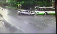 Авария на улице Аральская