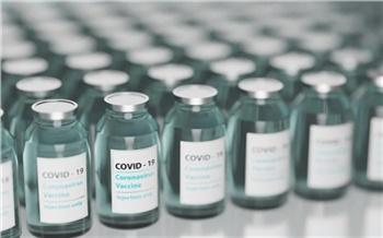 В поликлиниках Красноярска закончилась вакцина от коронавируса. Но запись на прививку ведется