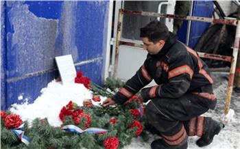 Погибших красноярских пожарных похоронят на Аллее Славы Бадалыка