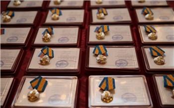 Школьников-героев Красноярского края наградят медалями за спасение людей