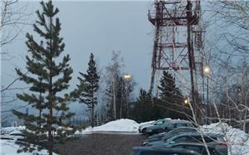 Работы продолжаются и ночью: красноярцам показали ремонт дороги к смотровой на Николаевской сопке