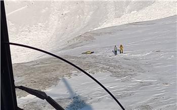 Пятерых туристов из Зеленогорска накрыло лавиной в Саянах. Один из них погиб, двое пропали