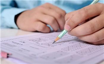 За 20 лет не было ни одного нарушения на ЕГЭ: в Ванаваре провели единый экзамен по химии для одного ученика