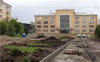 Порядок после паводка, высадка деревьев и ремонт во дворах: Сергей Ерёмин рассказал о благоустройстве Красноярска за неделю