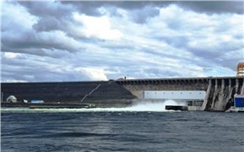 Богучанская ГЭС увеличила сброс воды из-за высокого уровня воды в Байкале и на Ангаре