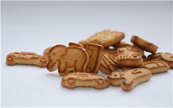 В Красноярске за обман оштрафовали производителя детского печенья