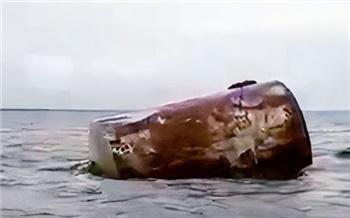 В Енисее недалеко от Дудинки выловили бесхозную бочку из-под нефтепродуктов