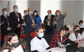 В Красноярске зарубежные эксперты ознакомились с российской моделью общественного контроля за выборами