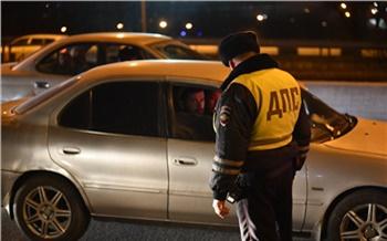 В Богучанском районе наглый автопьяница не смог убежать от инспекторов ДПС и попросил у них выпить