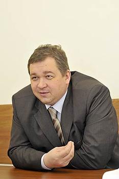 Министр Янин призвал аптекарей отказаться от торговли наркотиками