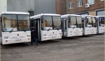 Сегодня на маршруте 51 появились 5 новых городских автобусов НЕФАЗ, вместо 5 автобусов.