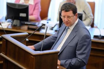Министр инноваций о разнице между «обновлением» и «модернизацией»