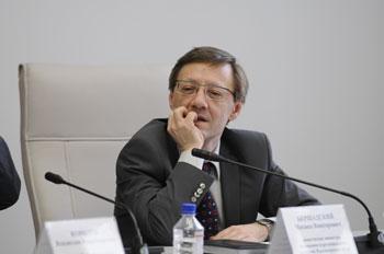 Михаил Бершадский путается в показаниях о расходах на связь