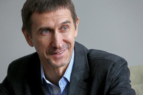 Аркадий Агапов