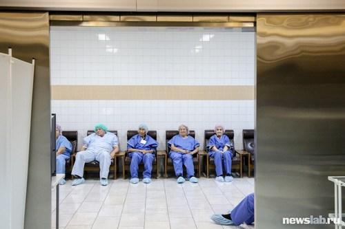 Ежедневно в иркутском центре «Микрохирургия глаза» оперируются сотни пациентов.