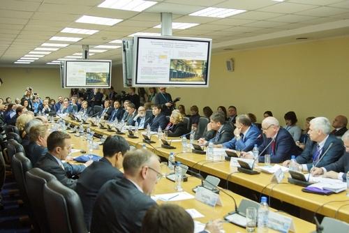 Круглый стол «Чистая Сибирь: перспективы развития углехимии и возобновляемой энергетики» в рамках КЭФ-2016