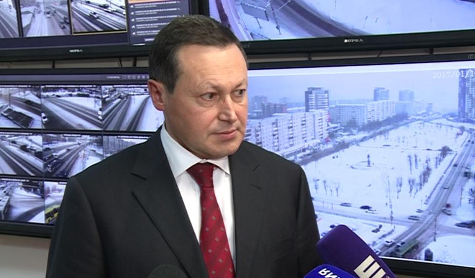 Акбулатов отказал встроительствеТЦ нанабережной
