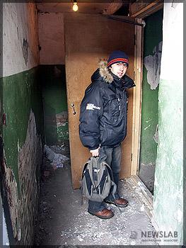 Осмотр подъезда дома на проспекте Свободный, 53
