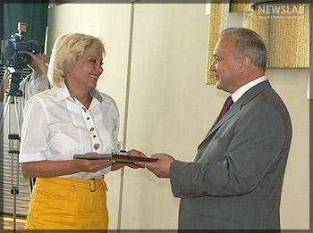 На церемонии награждения. ЦСО Железнодорожного р-на. Народная медицинская газета meduslugi24.ru