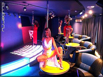 стриптиз в клубах при полном раздевании