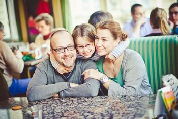 Александр и Ирина Касаткины с дочерью