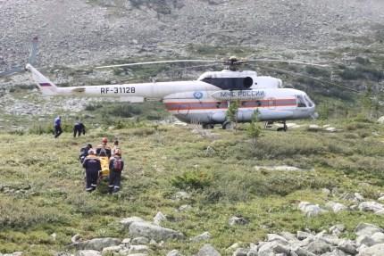 ИзЕргаков навертолете вывезли травмированную туристку