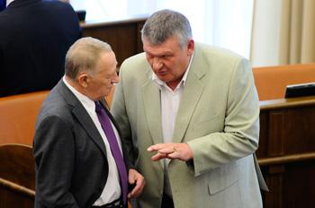 Сергей Цуканов один из всех депутатов открыто не пошел на поводу
