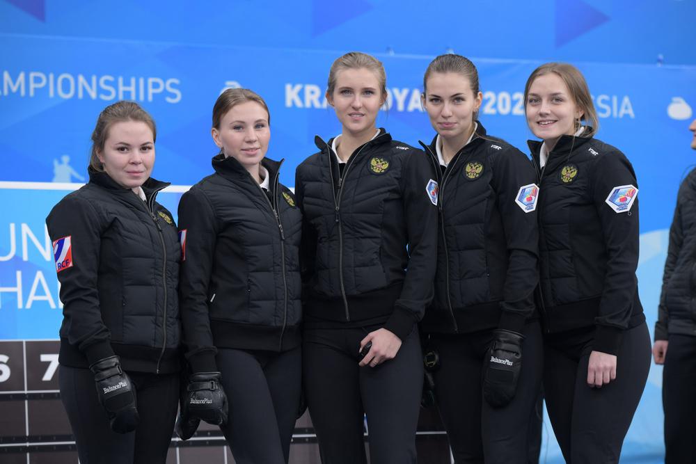 сонным озером сборная россии по керлингу женская состав фото отличает их, например